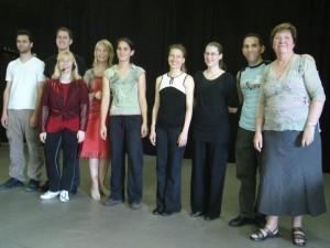 L'ensemble des professeurs et membres de l'équipe du stage mime théâtre et danse