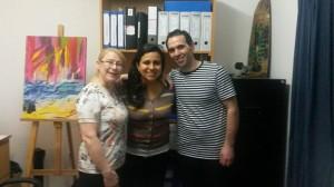 Martina et Farid avecJazmin au bureau de l'intitut biblique rio de la plata